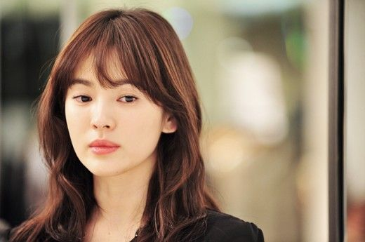 Song Hye Kyo beats miss A's Suzy to become national first love « KoreaDotCom #songhyekyo