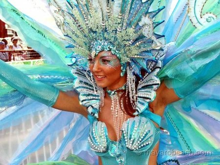 Ocean blue brings the Caribbean Sea to Carnival. Yes, a #SunFunDay