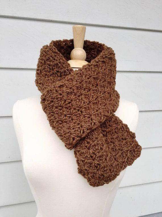 Keyhole Ascot Knitted Pattern