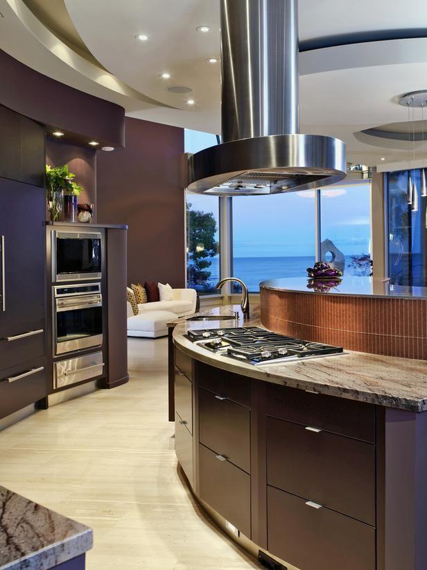 - 20+ Party-Ready Kitchens on HGTV