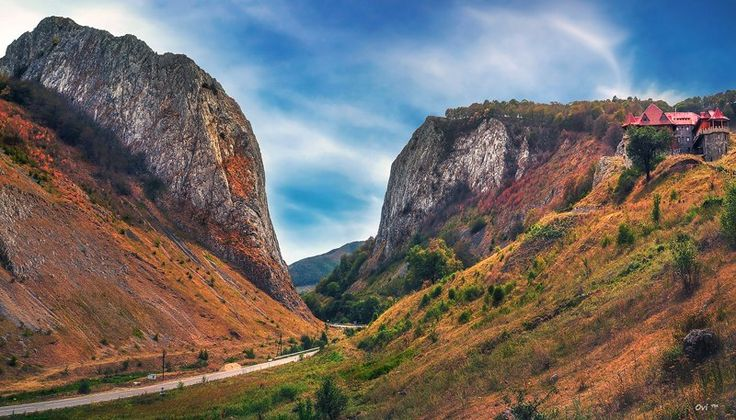 Trascau are a group of the Apuseni mountains, belonging to the Western Carpathian Mountains. The highest peak is the hill (1369 m). Photo Credit: Ovi Timisoara