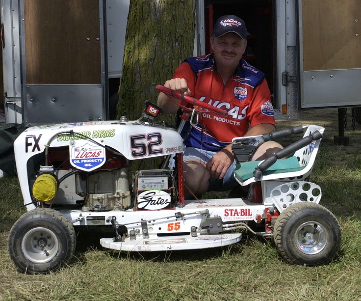 The Award Winning Newave Media Productions Lawn Mower Racing Champion With Images Lawn Mower Racing Lawn Mower Lawn Mower Tractor