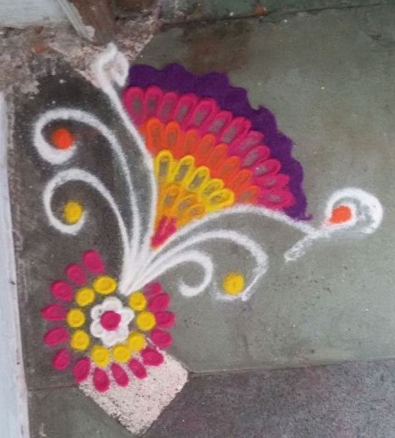 Rangoli - sweet and small. best in flats doorsteps.