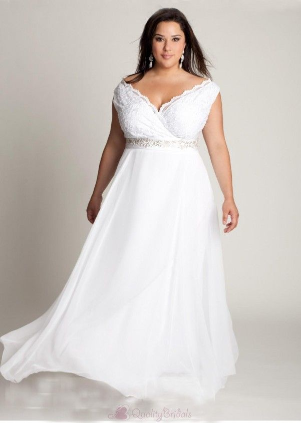 29 best Plus size wedding gowns images on Pinterest | Wedding frocks ...