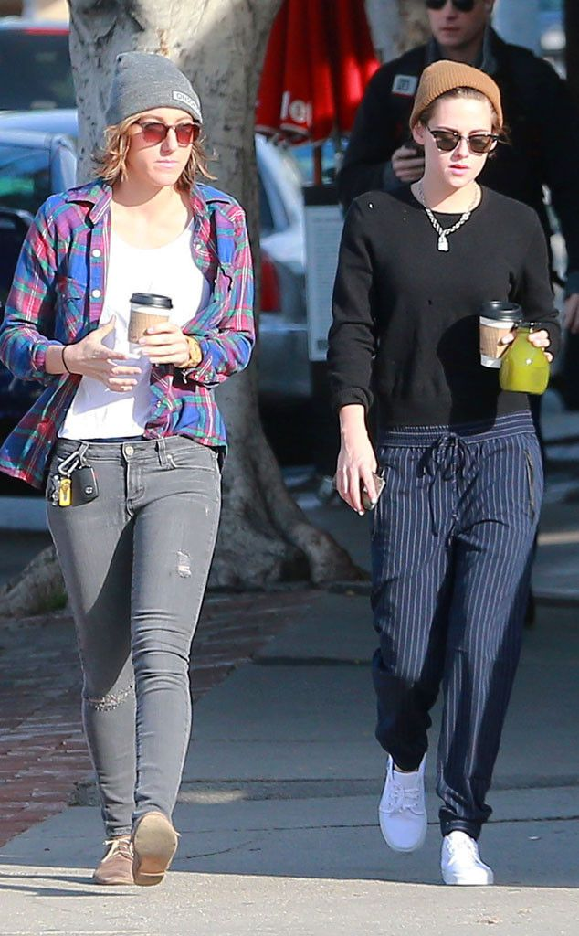 Kristen Stewart, rocking traditional Clubmaster-inspired sunnies, grabbed coffee with a pal while out 'n' about in Los Feliz!