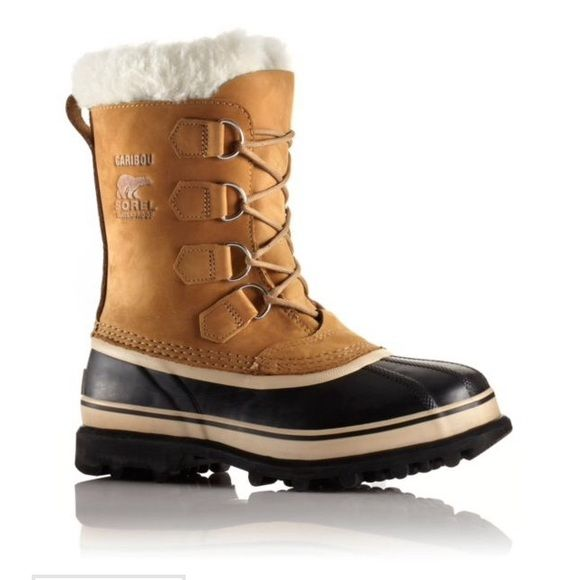 Sorel Caribou arctic boots Adorable and super warm! Fits a 7/7.5 best pls inquire abt size before purchasing. Current item selling for $150 SOREL Shoes Winter & Rain Boots