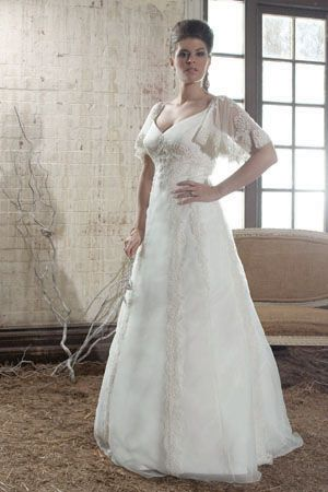 1000 Ideas About Celtic Wedding Dresses On Pinterest Celtic Wedding Medie