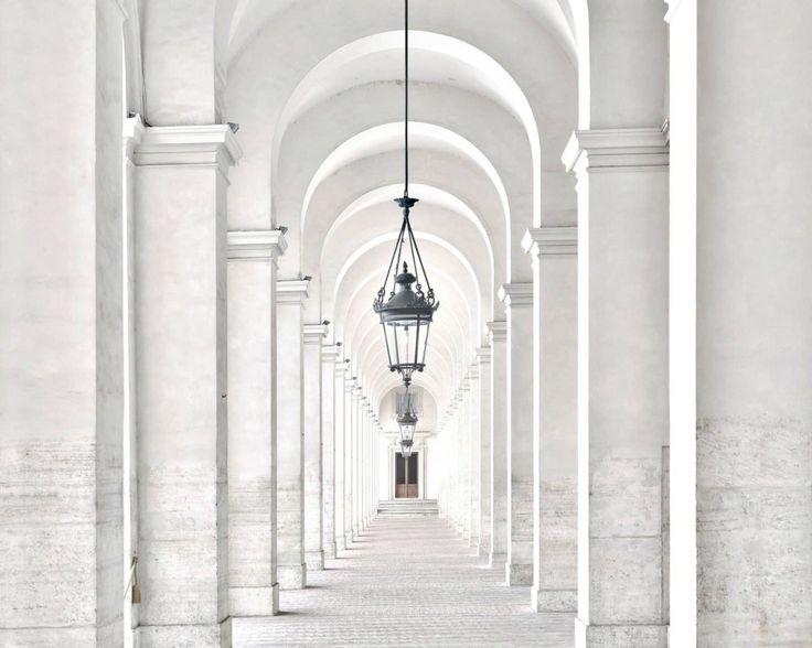 Massimo Listri - Palazzo del Quirinale Portico del Cortile d'Onore