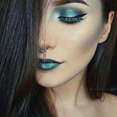 The mermaid behind the woman