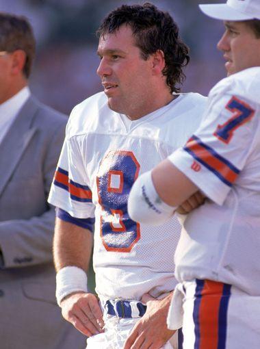 Kubiak officially the new Denver Broncos head coach
