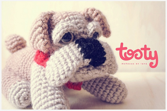 Tosty Toys Bull Dog by Blendshop Medellín, via Flickr
