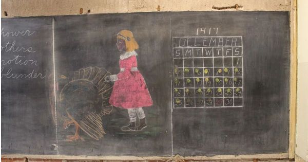 Century-old chalkboards create a classroom time capsule #News, #School