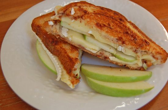 Toasted Apple and Brie Sandwich