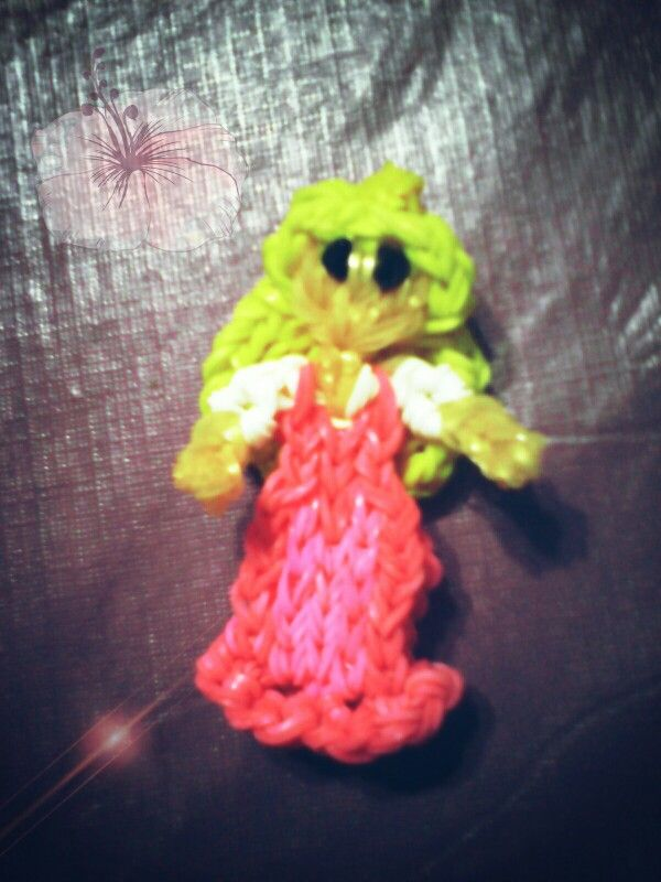 Princesa Aurora Hecho con telar Rainbow Loom