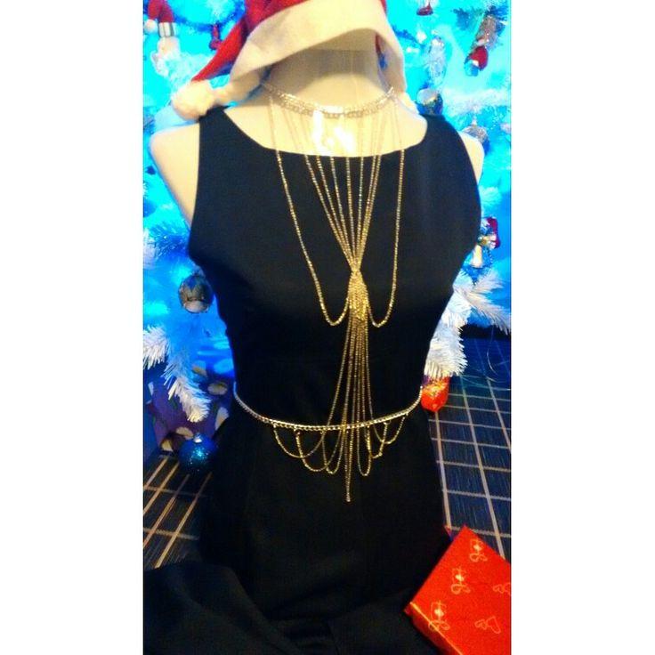 Collar navideño de cadenas