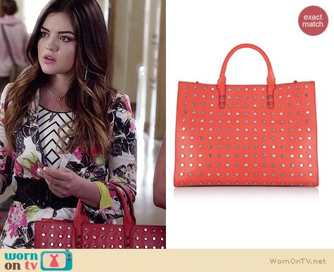 Aria's orange studded bag on Pretty Little Liars.  Outfit Details: http://wornontv.net/34022/ #PLL