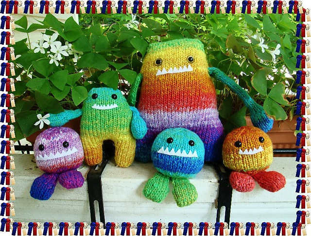 cutest knit monsters!