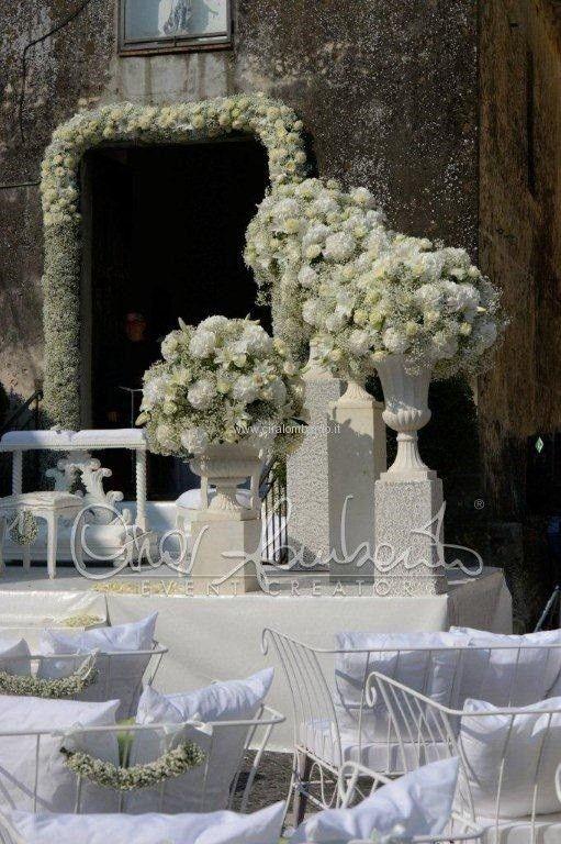 Cerimonia nuziale all'aperto interpretata dall'estro e dalla creatività di Cira Lombardo. | Cira Lombardo Wedding Planner