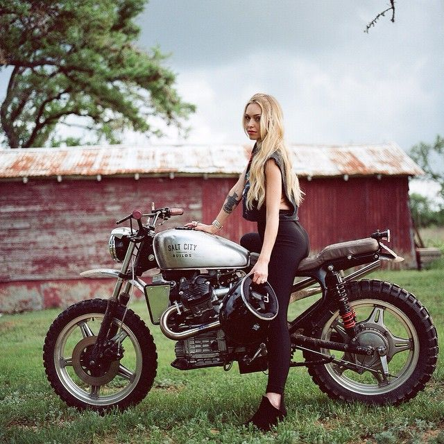 Girls on motorcycles Pics mainly - but comments now allowed. - Page 795 - Triumph Forum: Triumph Rat Motorcycle Forums