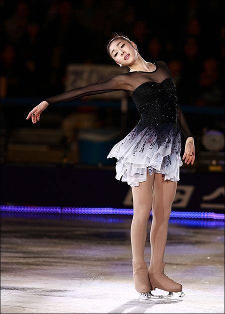 figure skating                                                       …