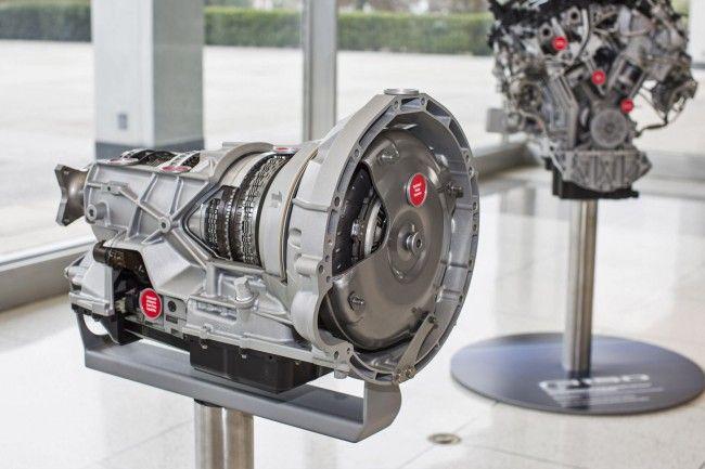 Transmisi Otomatis Percepatan 10 - Diproduksi Ford dan Chevrolet    Ini dia transmisi otomatis 10-percepatan pertama dari Ford  Amerika Serikat- Setelah sebelumnya digadang-gadangkan akan dibuat oleh Hyundai dan Volkswagen ternyata justru dua pabrikan yang berbeda yang berhasil memproduksi transmisi otomatis 10-percepatan yang pertama untuk mobil produksi di dunia. Siapakah itu?  Di luar dugaan justru pabrikan Amerika Serikat Ford dan Chevrolet yang berhasil membuat transmisi otomatis…