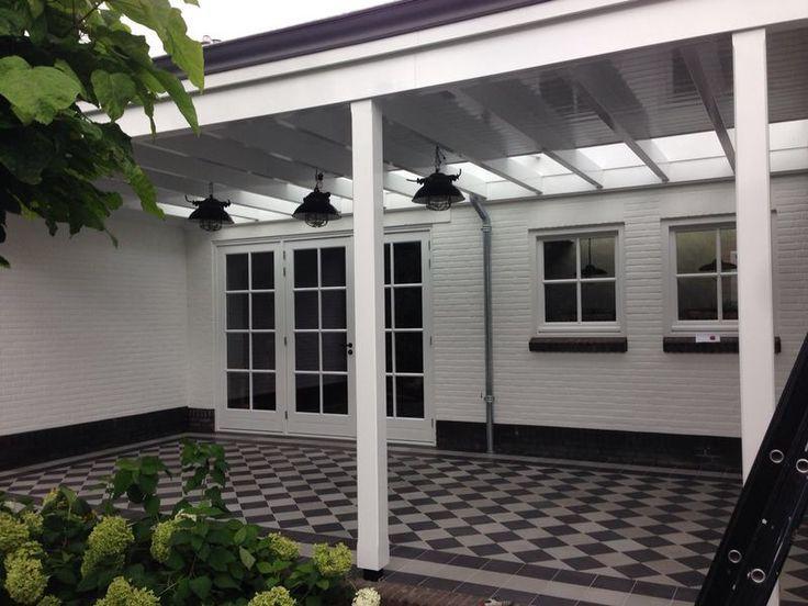 FLOORZ- Portugese tegels zwart-wit - Product in beeld - Startpagina voor vloerbedekking ideeën | UW-vloer.nl