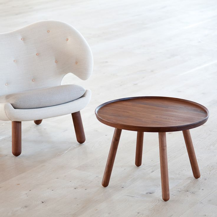 Pelican Chair and Pelican Table | House of Finn Juhl