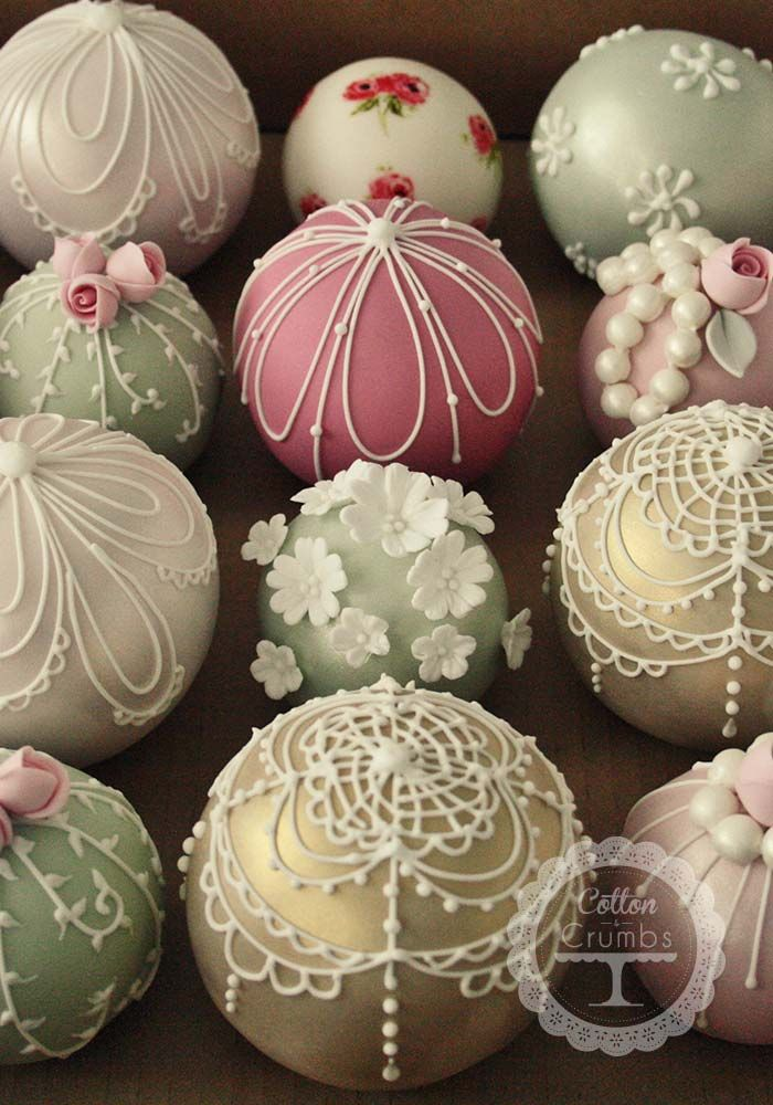Christmas ball cake pops
