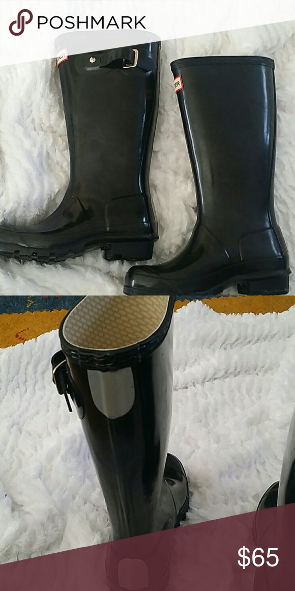 Girl's hunter boots Almost new. worn handful of times Hunter Shoes Rain & Snow Boots