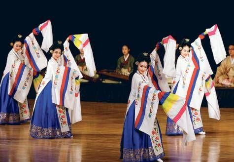 Dance group brings taste of Korean culture to Abu Dhabi | GulfNews.com