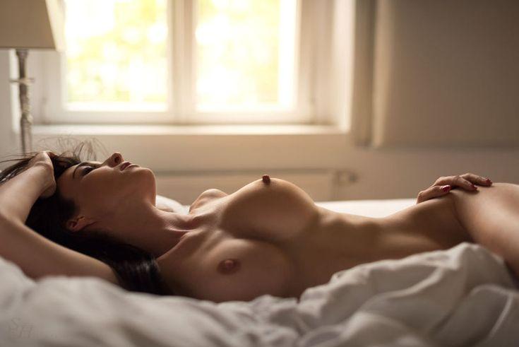 соски,Сиськи,сиски и сисяндры - эротические картинки и гифки,Эротика,красивые фото обнаженных, совсем голых девушек, арт-ню