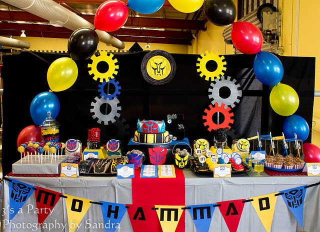 Transformers birthday party via Kara's Party Ideas - www.karaspartyideas.com