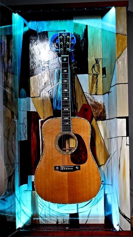 "ZAAX wall guitar display ""Guitar and Violin"" and Martin Special Edition"