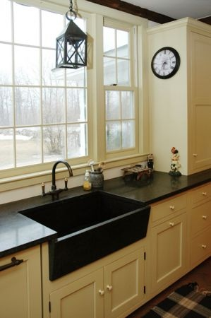 Ray And Pat Like This   Cream Cabinets With Black Hardware That Coordinates  With Dark Counters