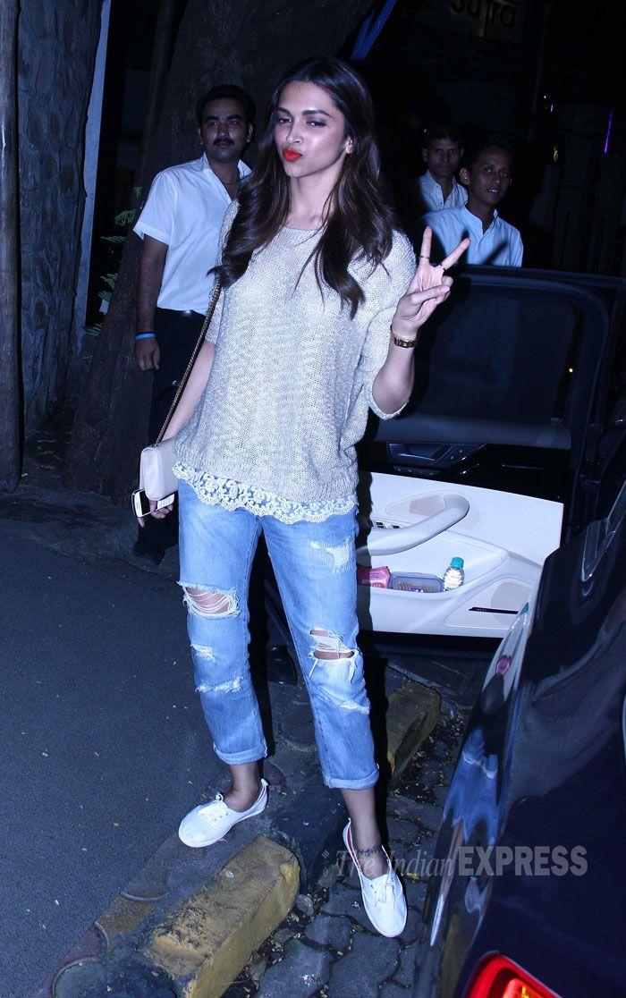 Deepika Padukone spotted at a suburban restaurant in Mumbai. #Bollywood #Fashion #Style #Beauty
