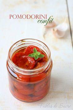 Pomodorini confit sott'olio. Ricetta utile e facile. Volete mangiare i…