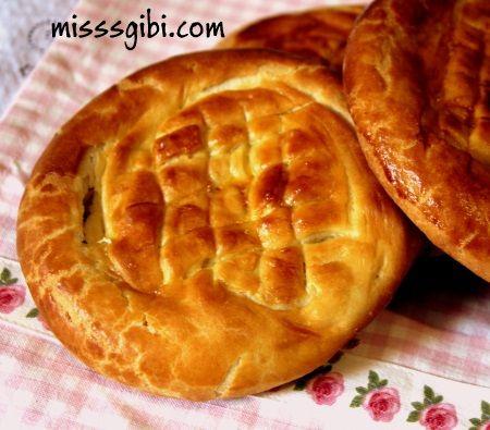 Tereyağlı Çörek - http://www.misssgibi.com/tereyagli-corek/