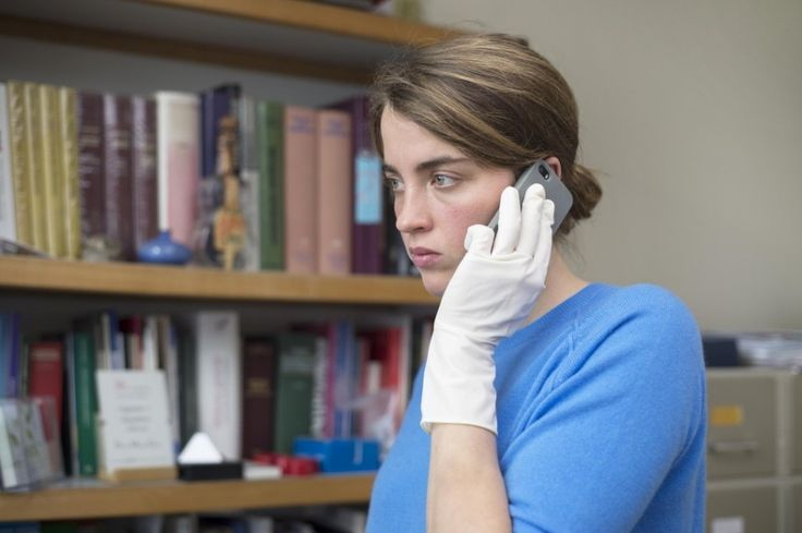 After refusing to answer a late-night knock on her clinic door, a doctor seeks…