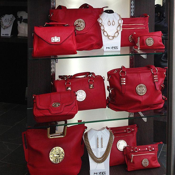 La  tendencia para este verano es el color rojo y deja a cualquier mujer más sexy y con aires de femme fatale. #tipmoma