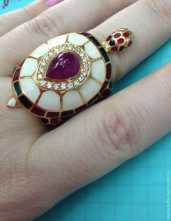 Купить Талисман. Серебряное кольцо с рубином и топазами в эмали - разноцветный, талисман на удачу, талисман на счастье