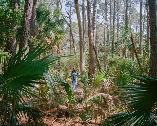 Marquetta Goodwine, alias Queen QuetMarquetta Goodwine, alias Queen Quet, fut proclamée «reine des Gullah» en 2000. Elle a quitté New York et une carrière dans l'informatique pour revenir dans les Sea Islands, épicentre de cette culture créole perpétuée par les descendants d'esclaves.