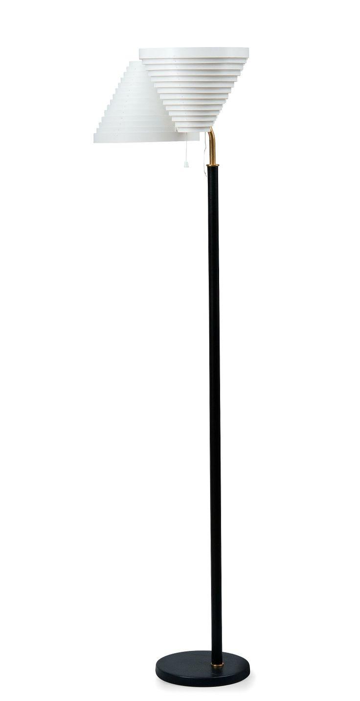 Alvar Aalto floorlamp A809