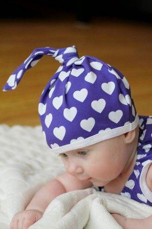 Childrens fabric and fabrics, Sewing, sy, sytt, liandlo, kinderstoffe, stoff, kangas, tyg, tyger, Fabric for children, sewing, jersey,, hearts, purplefabric, love, hjärtan, retro, herz, herzstoff