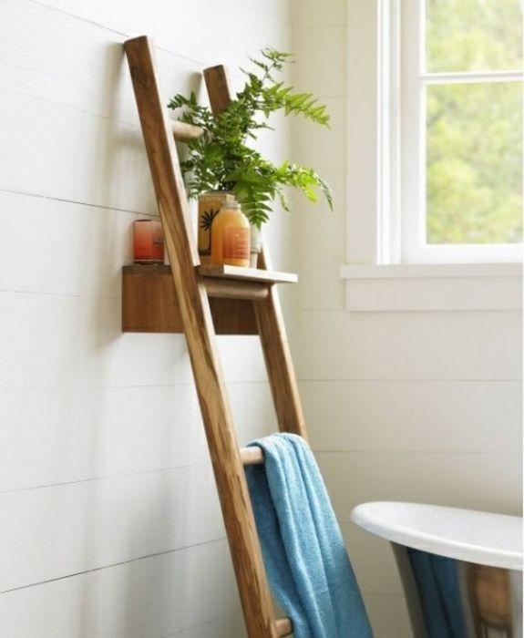 Handtuchleiter Holz 35 Reizende Badezimmer Im Landhausstil Kleines Bad Einrichten Leiterdekor Handtuchleiter