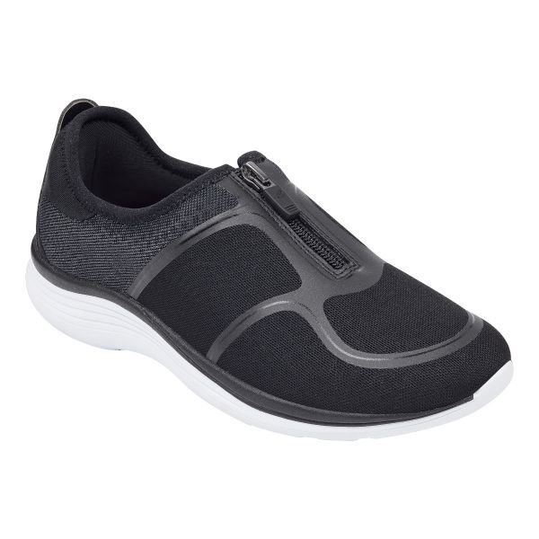 easy zips and long-lasting arch support