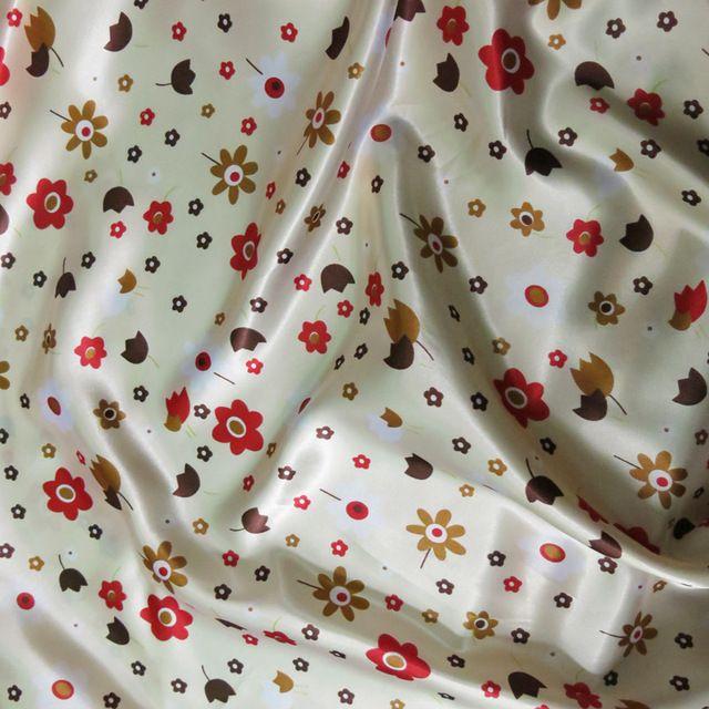 Тильда небольшие цветочные бежевый цветочные глянцевая мягкий материал одежды дома обивка Diy ткани атласной продаются метра