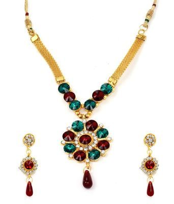 Diva Style Me Red Green Pendant Earrings Set