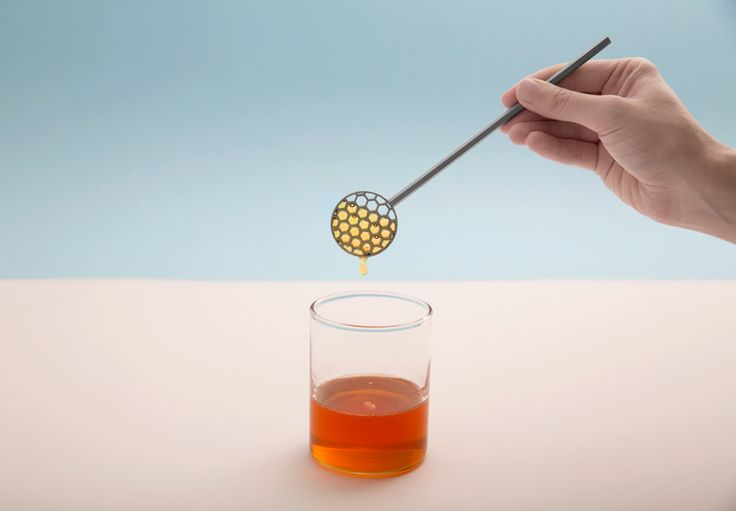 MIODOWNIK / by Grynasz Studio / 2016  A honey spoon inspired by the architecture of the honeycomb. Its shape helps to avoid unnecessary dripping while serving honey. The spoon was 3D-printed from stainless steel using the Selective Laser Sintering technology.