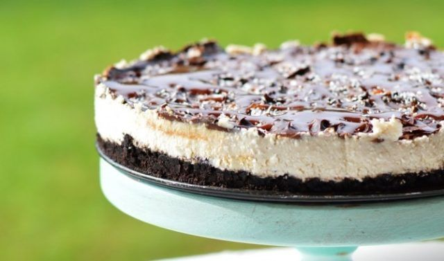 Nepečená Oreo karamelová torta