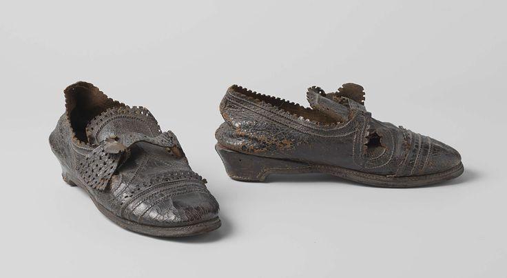 Schoen van zwart leer, anoniem, ca. 1600 - ca. 1650